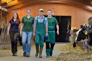 Junge Landwirtinnen und Landwirte packens an